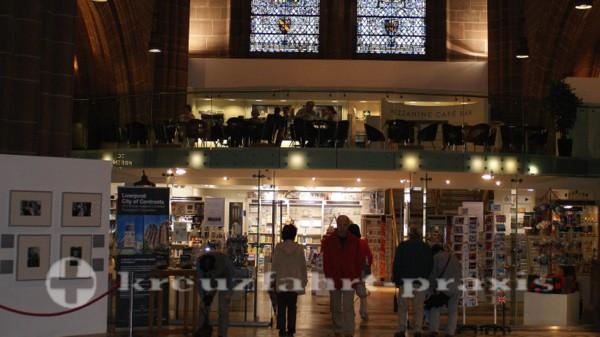 Liverpool - Glaube und Kommerz in der Liverpool Cathedral