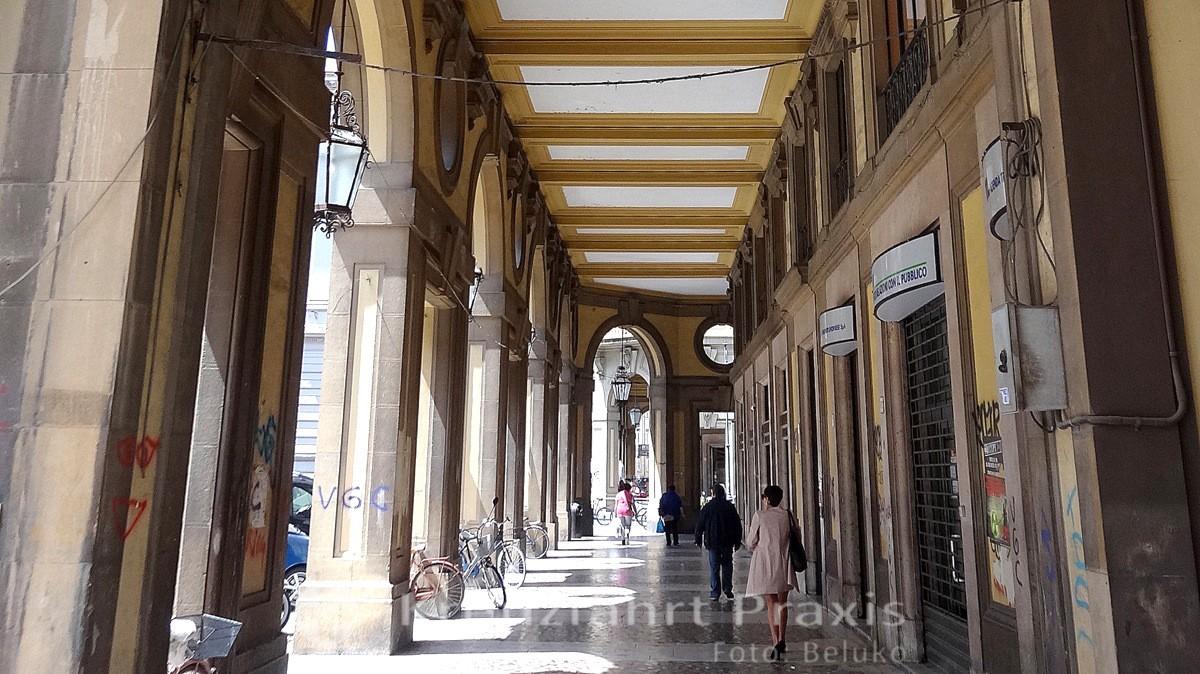 Livorno - Arkaden der Via del Tempio