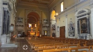 Cattedrale di San Francesco - Kirchenschiff