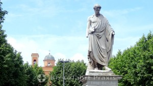 Piazza della Repubblica - Statue Leopold ll.