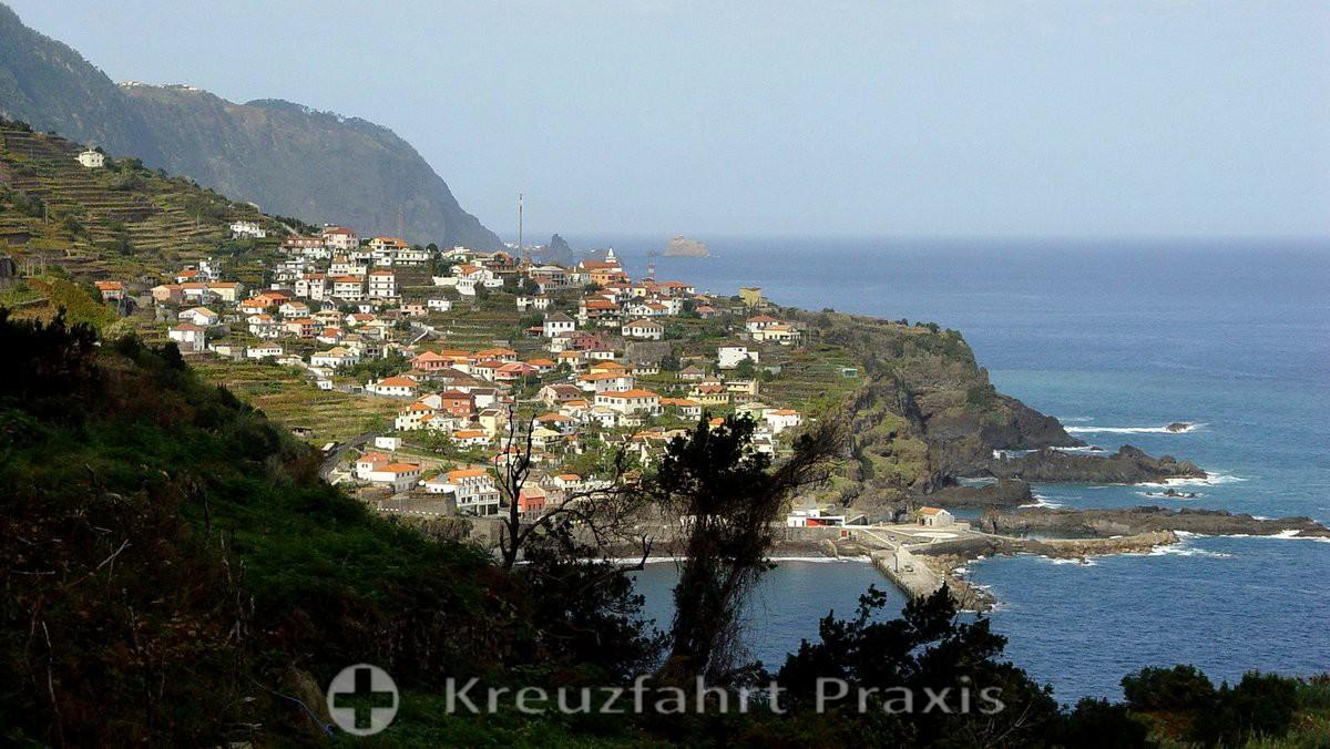 Madeira - coastline at Seixal