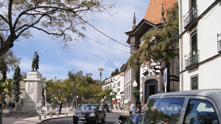 João Gonçalves Zarco Monument im Zentrum der Stadt