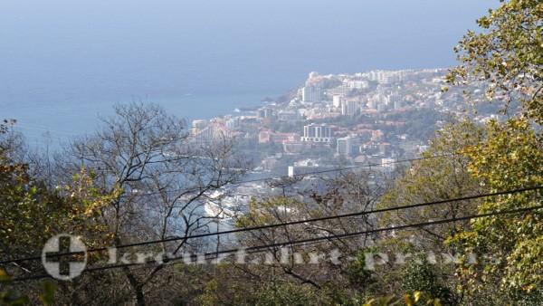Madeira - Blick auf Funchal und den Hafen