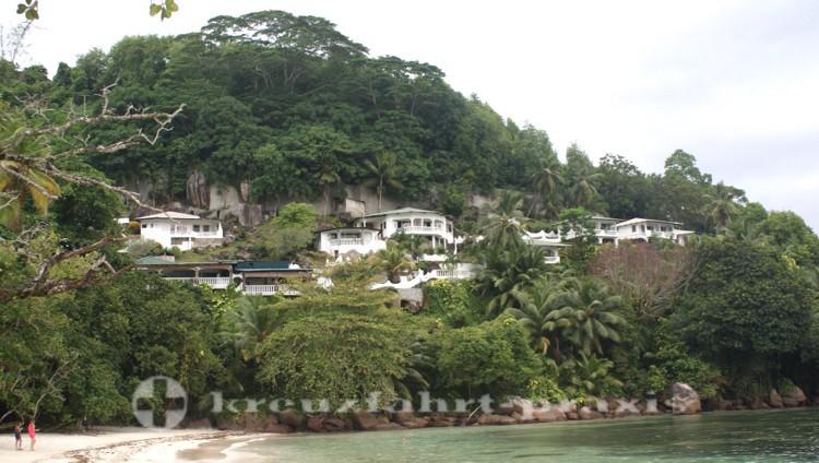 Mahé - Küstenabschnitt im Nordosten der Insel