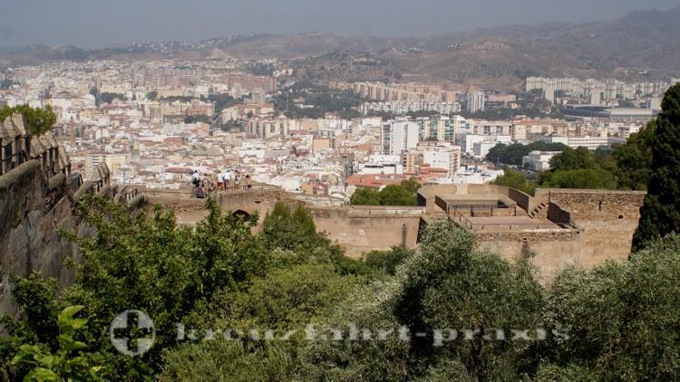 Blick vom Castillo Gibralfaro auf das Stadtzentrum