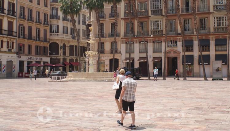 Plaza de la Constitución und Fuente de Genova
