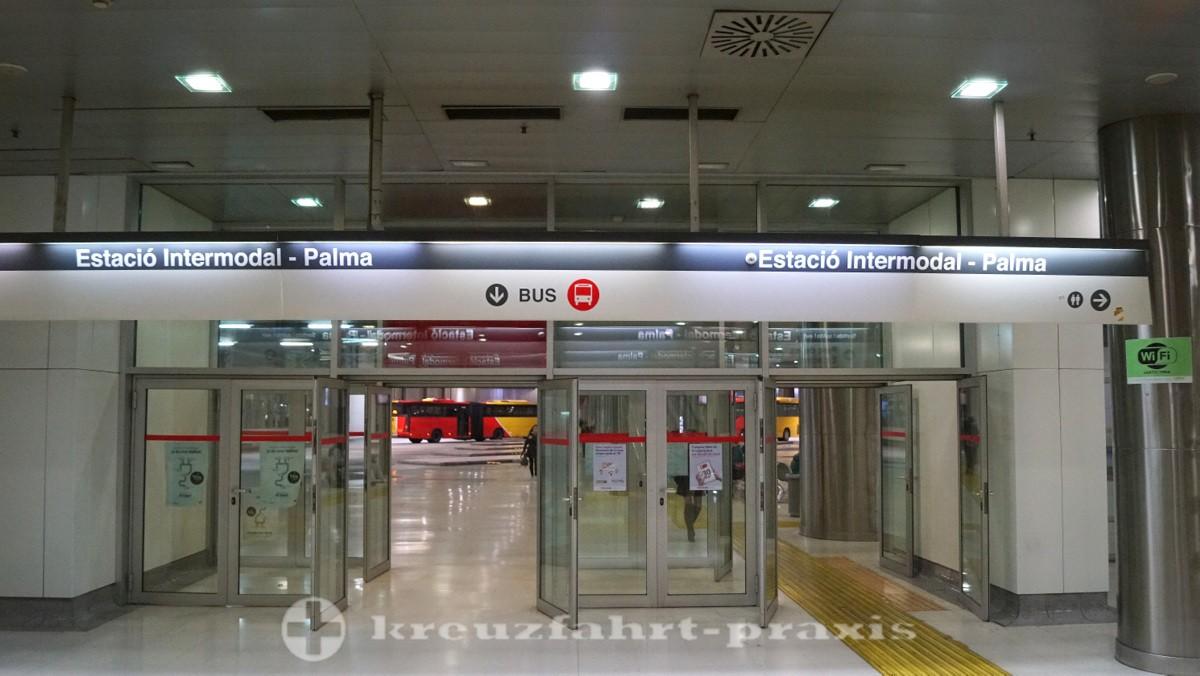 Unterirdischer Omnibusbahnhof Estació Intermodal