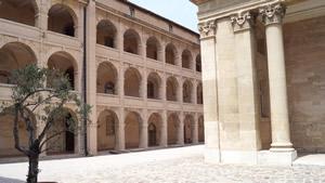 Seitentrakt der Vieux Charité