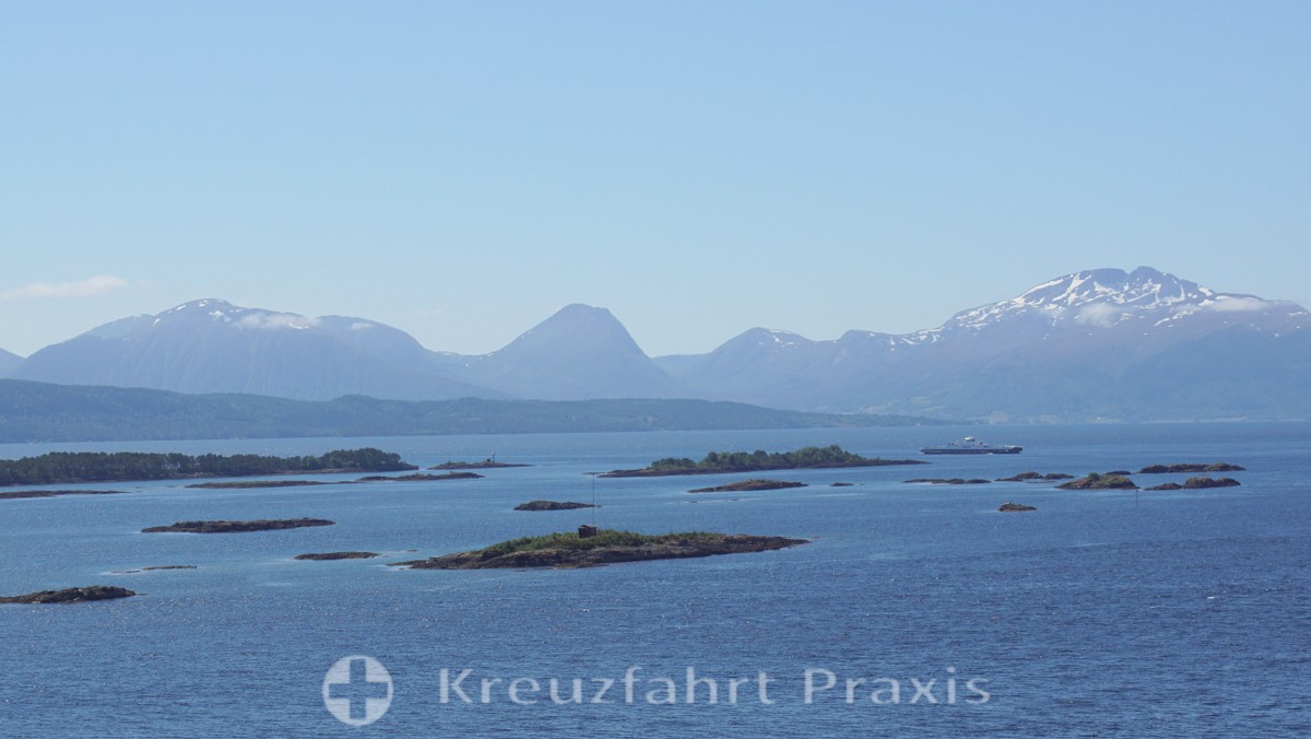 Island world off Molde and the Sunnmøre Alps