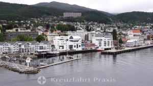 Anleger der Kreuzfahrtschiffe in Molde