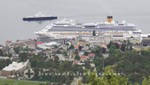 Kreuzfahrtschiff Costa Pacifica am Anleger von Molde