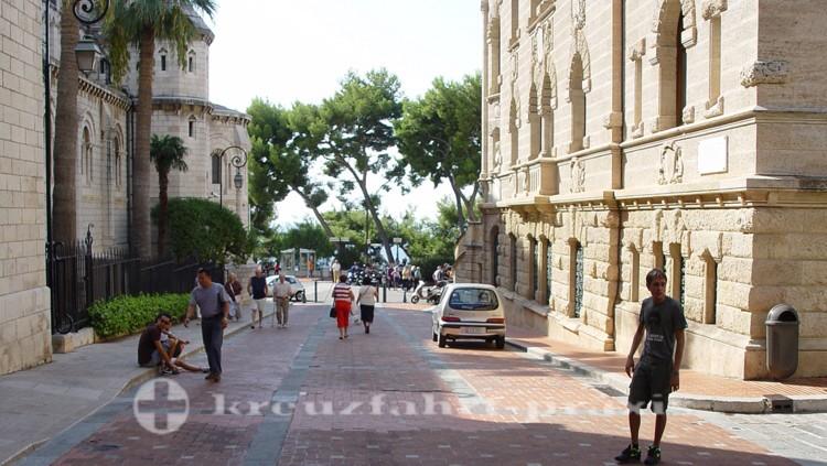 Monaco - Kathedrale und Gerichtsgebäude