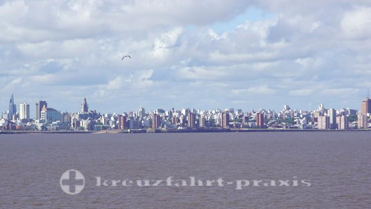 Die Skyline von Montevideo