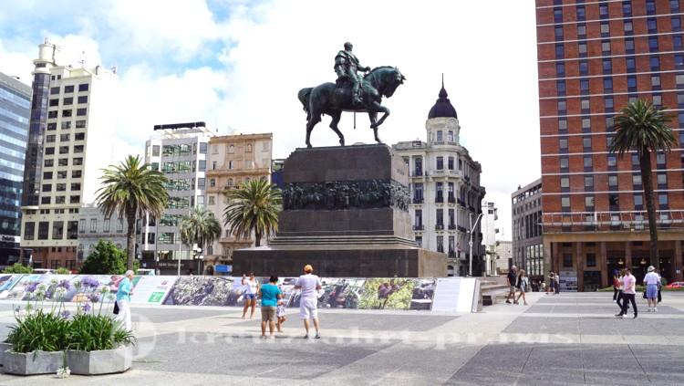 Monument des Generals Artigas