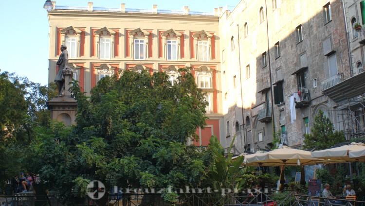 Neapel - Piazza Bellini