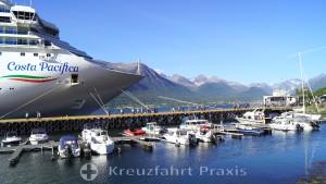 Cruises along the Norwegian coast