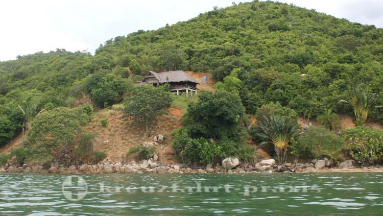 Madagaskar - Nosy Be - Einsames Haus am Lokobe Reservat
