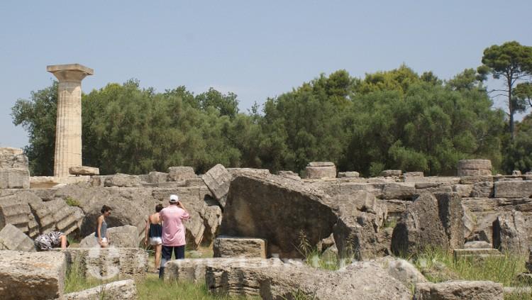 Olympia - Die Reste des Zeus Tempels