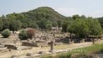 Olympia - Reste der Südhalle und des Bouleuterion