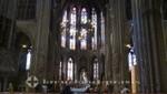 Buntglasfenster der Sint-Petrus-en-Pauluskerk