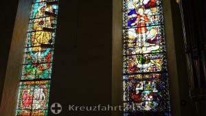 Buntglasfenster der Oslo Domkirke
