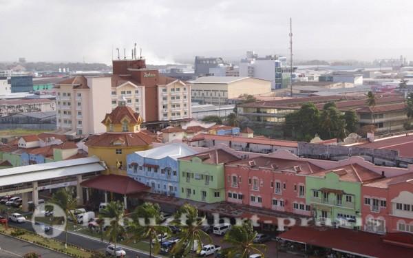 Panama - Kreuzfahrtterminal von Colon