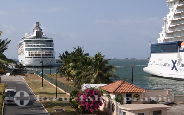 Panama - Kreuzfahrtschiffe in Colon
