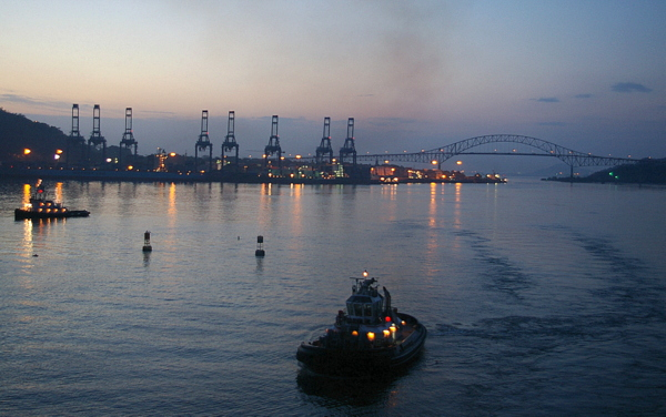 Panamakanal Passage - Puente de las Américas