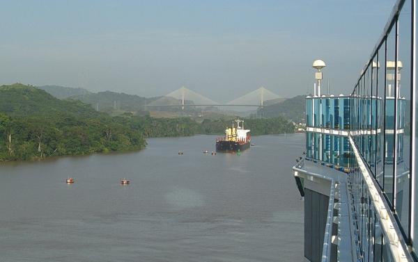 Panamakanal Passage - Miraflores Lake