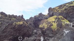 The cliff landscape of Cachorro