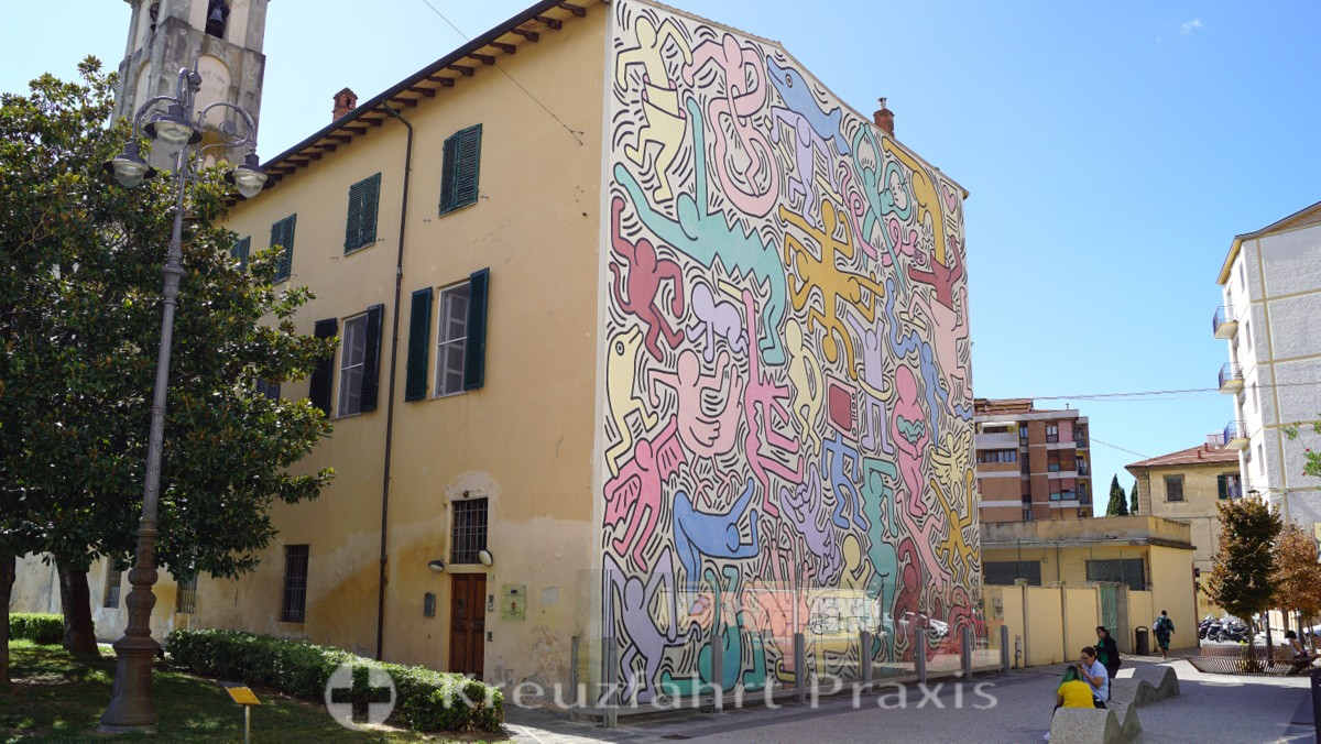 Murale Tuttomondo by Keith Haring