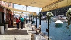 Portofino's shop and restaurant scene