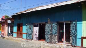 Puerto Corinto - Läden in der Av Central im Stadtzentrum