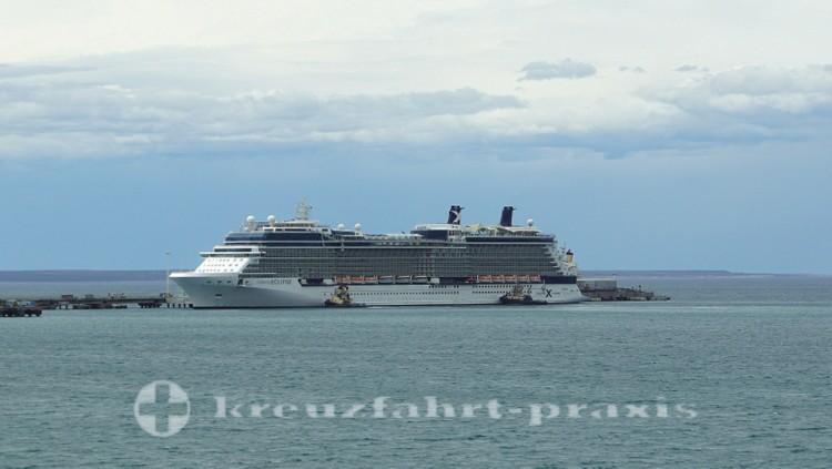 Kreuzfahrtschiff Celebrity Eclipse am Alt. Storni Pier