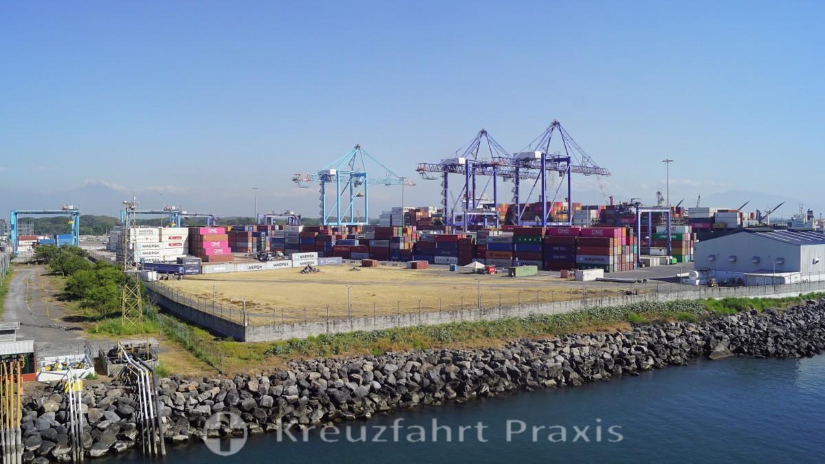 Puerto Quetzal - das Container Terminal