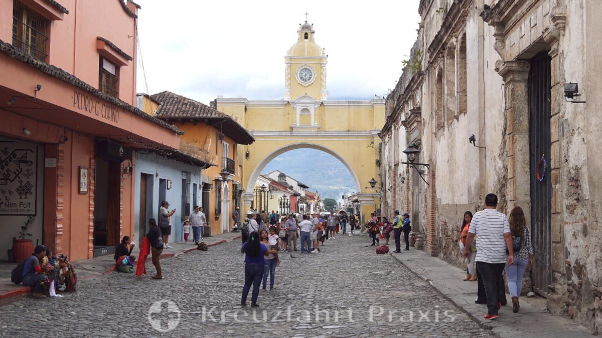 Antigua - Arco de Santa Catalina