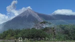 Vulkan de Acatenango im guatemaltekischen Hochland