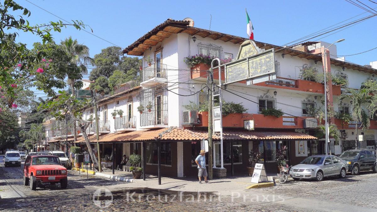 Puerto Vallarta - Zona Romantica - Calle Basilio Bardillo