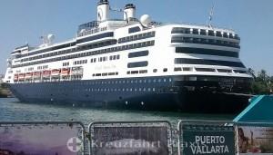 MS Rotterdam am Kreuzfahrt-Terminal von Puerto Vallarta