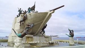 Monumento Tripulantes Goleta Ancud