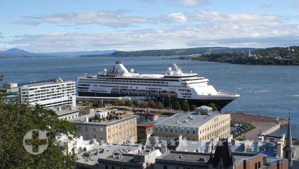 Québec - Haupt-Cruise-Terminal mit MS Veendam
