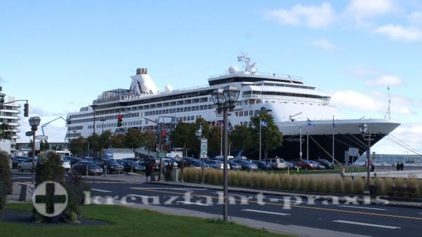 Québec - Cruise Terminal mit MS Veendam