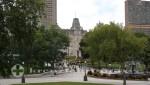 Quebec - Parc de l'Esplanade mit dem Parlamentsgebäude