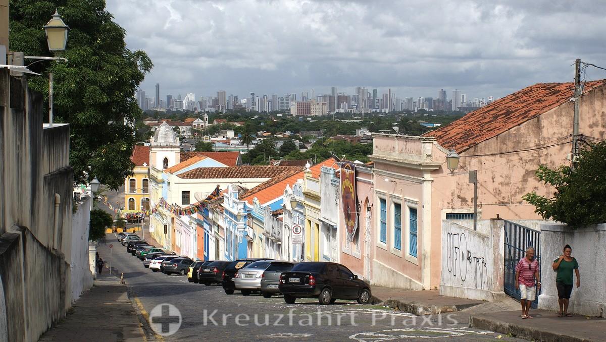 Olinda - behind it the high-rise buildings of Recife