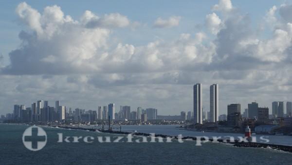 Recife von See gesehen