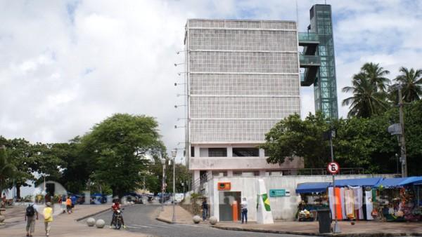 Recife - Wasserspeicher und Panoramaaufzug