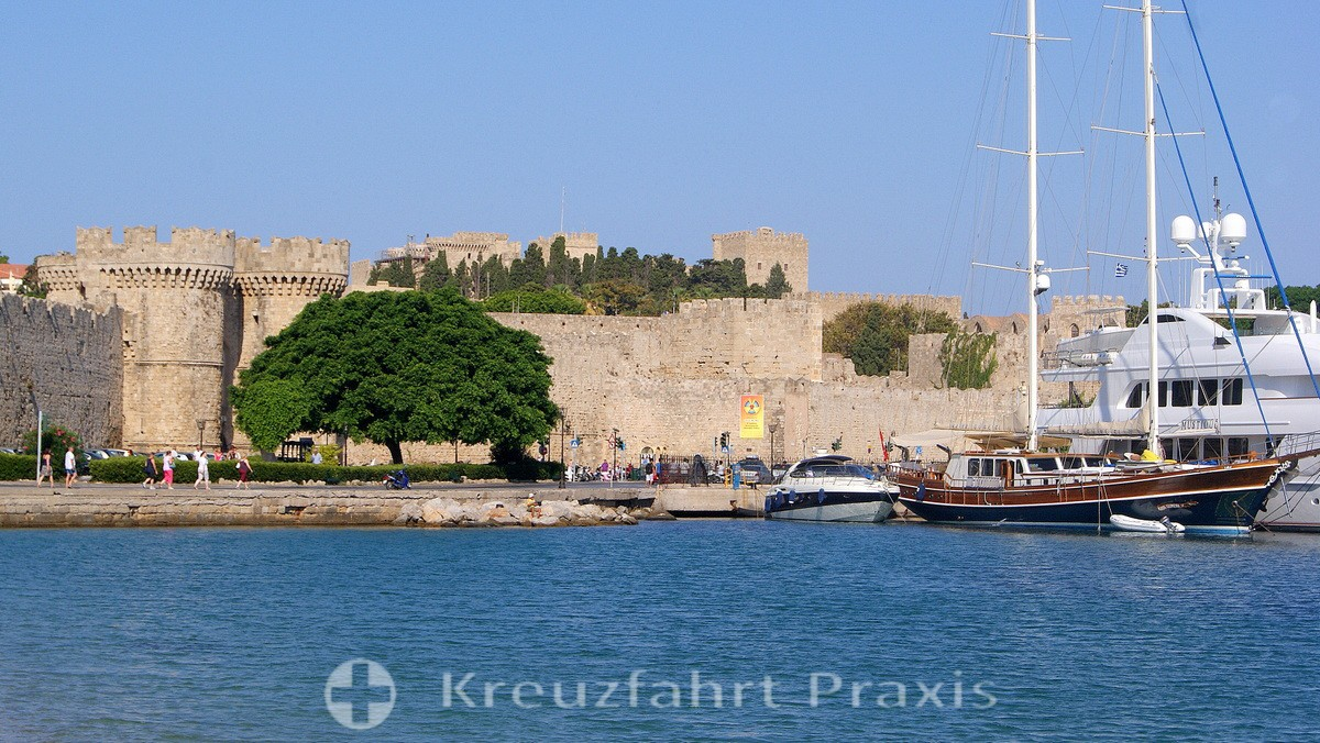 Rhodes - City Gate and the Palace of the Grand Masters