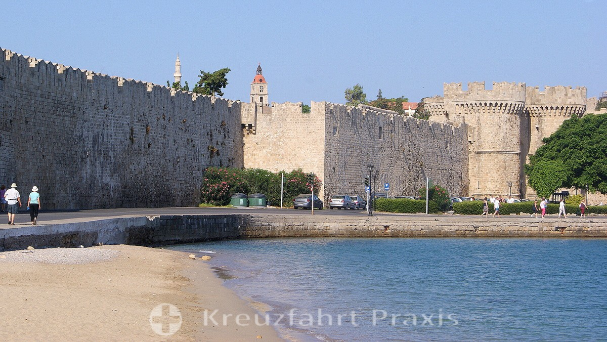 Rhodes City - the city wall with the lake gate