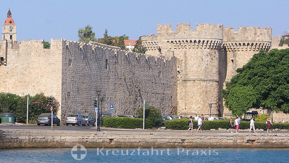 Rhodes - city gate