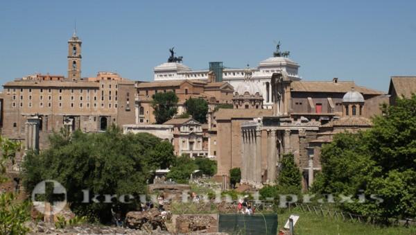 Forum Romanum   - Denkmal des Vittorio Emanuele II